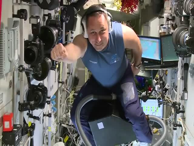 Как развлекаются космонавты на МКС