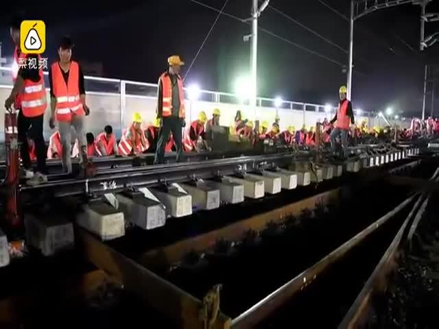 В Китае построили железнодорожную развязку за 9 часов