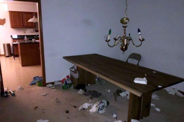 Американец устроил шумную вечеринку в арендованной комнате (4 фото)