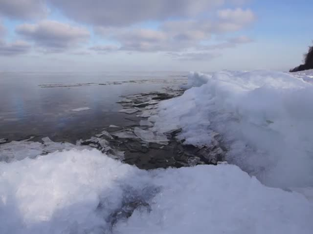 Как замерзает Байкал