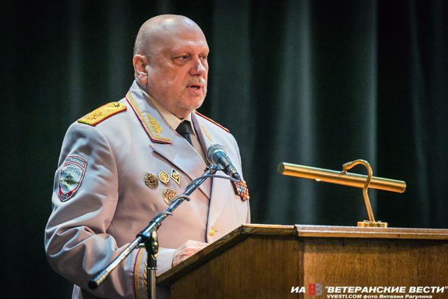 Секс истори с генералом в отставке