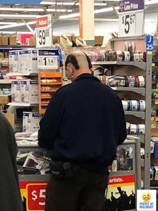 Странные посетители супермаркетов Walmart (38 фото)