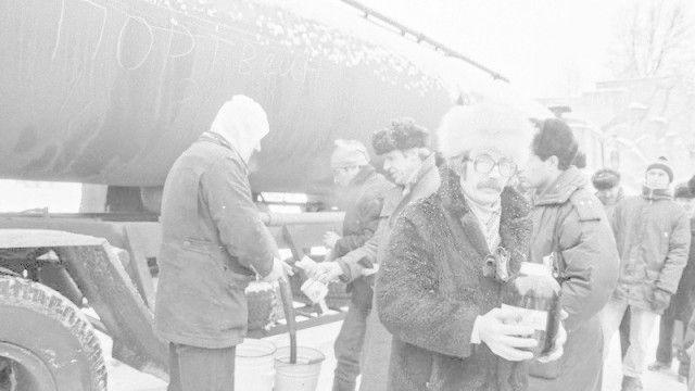 Как пили в СССР (26 фото)