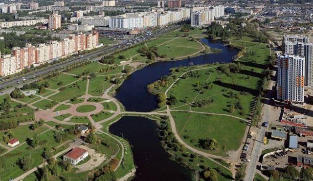 В Санкт-Петербурге разгорелся скандал вокруг парка героев Афганистана (3 фото)