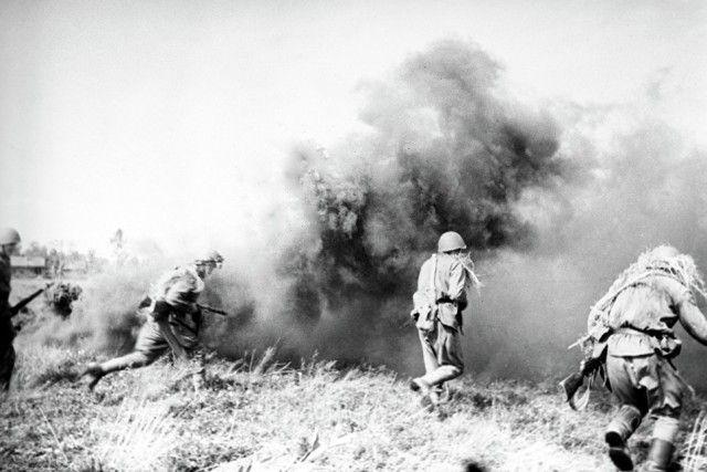Герои, павшие в неравном бою (6 фото)