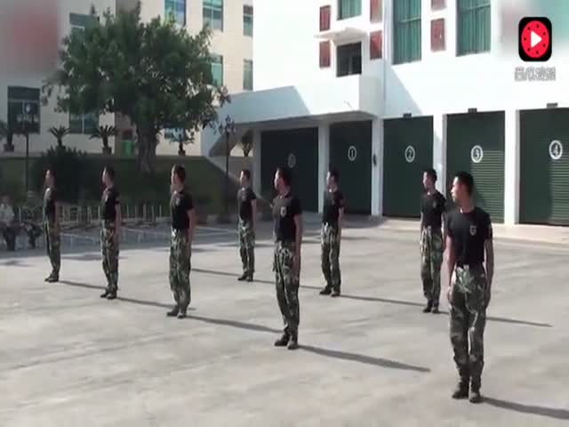 Показательные выступления в армии Китая