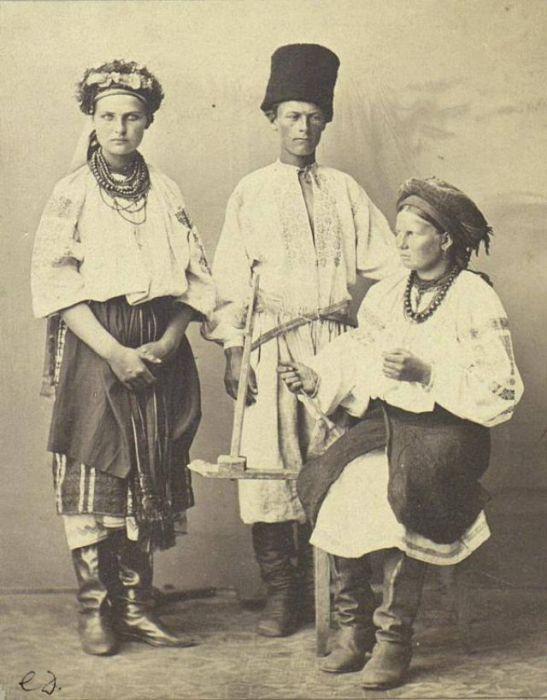 Как одевались жители Киевщины 100 лет назад (18 фото)