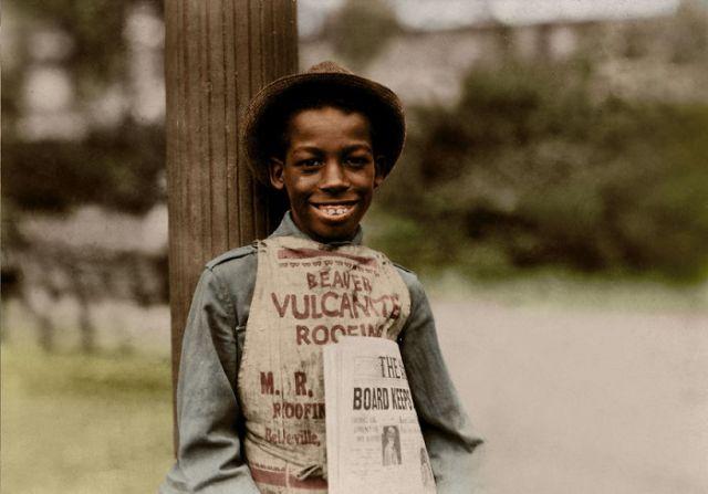 Дети-рабочие на раскрашенных снимках Льюиса Хайна (10 фото)