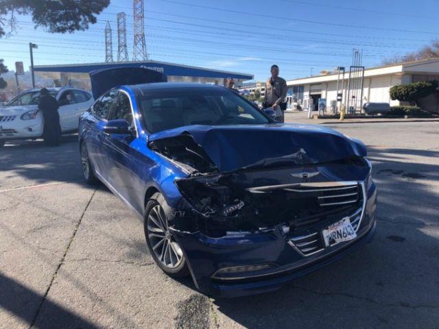 Технология беспилотного вождения не помогла избежать аварии