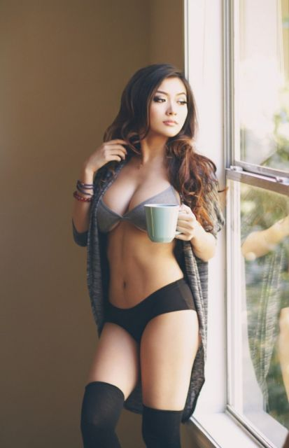 Очаровательные азиатские девушки (36 фото)