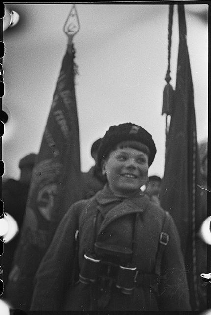 Неизвестные фото последних дней блокадного Ленинграда (19 фото)
