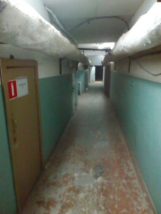 Хоррор в подвале поликлиники (16 фото)