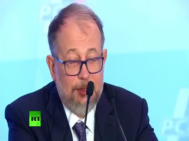 Владимир Лисин рассказал Путину анекдот про изнасилование тракториста