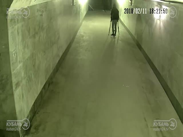 """Настоящие """"чудо"""" в подземном переходе Краснодара"""