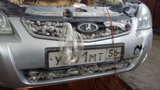 Утеплил авто к зиме (4 фото)