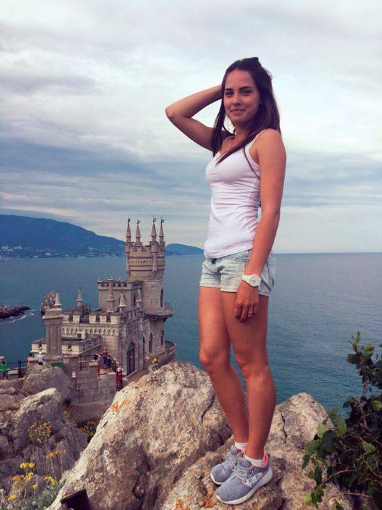Российская керлингистка Анастасия Брызгалова покорила сердца болельщиков (10 фото)