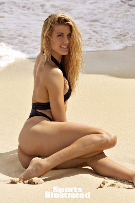 Эжени Бушар для Sports Illustrated - красивого тела не стесняются (23 фото)