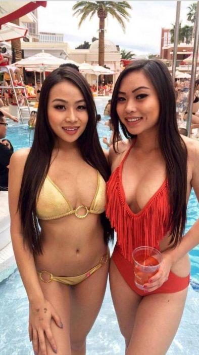 Симпатичные девушки из Азии (41 фото)