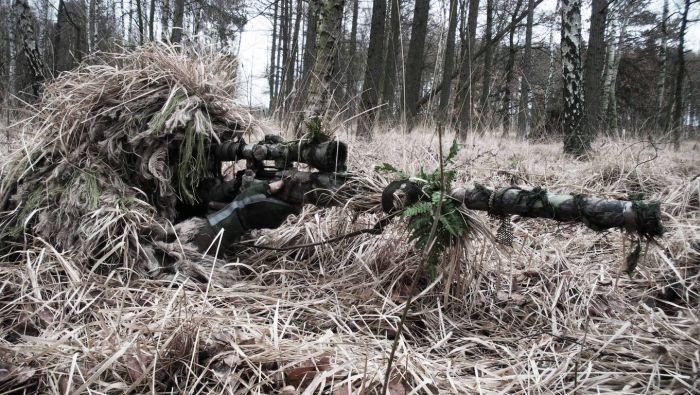 Истинного снайпера, прежде всего, нужно увидеть (14 фото)