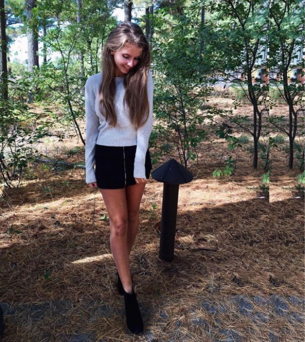 Девушки, которым подходят короткие юбки (30 фото)