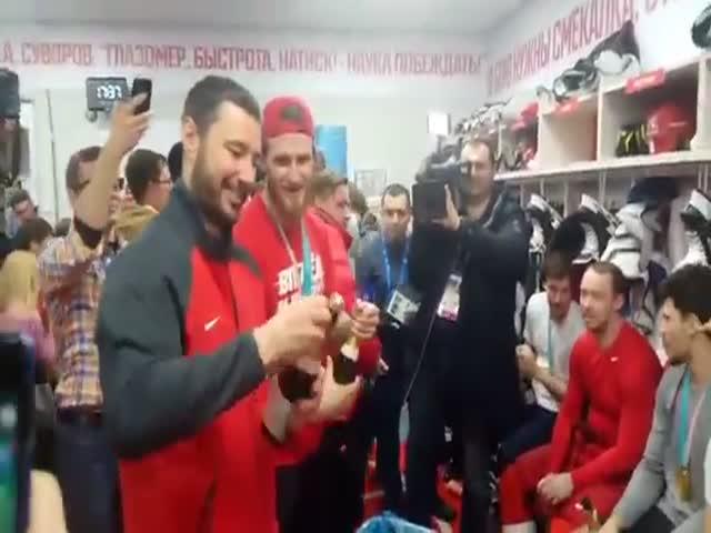 Атмосфера в раздевалке сборной России по хоккею