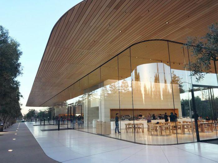 Запретная территория Apple (56 фото)