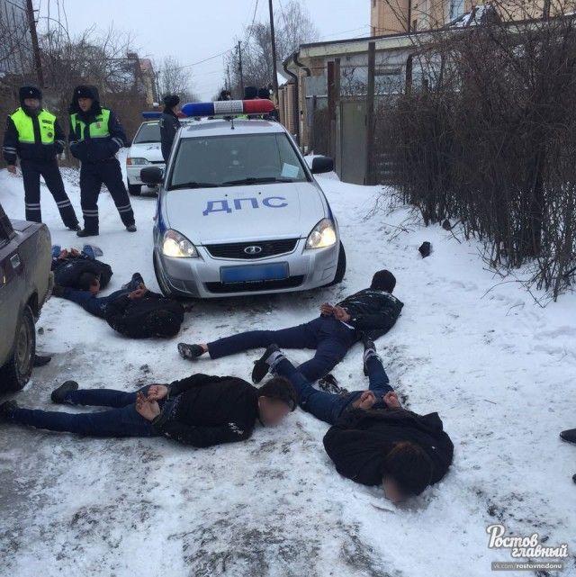 В Ростове-на-Дону полицией задержаны воры (4 фото + видео)