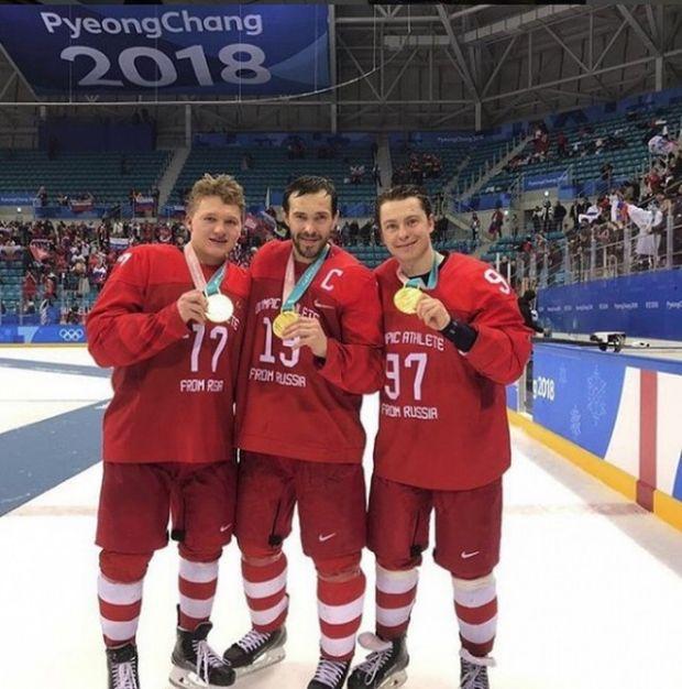 От победителя Олимпиады – первому тренеру (5 фото)