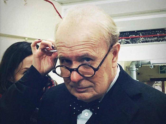 Жертвы оскароносного Гэри Олдмена ради Уинстона Черчилля (12 фото)