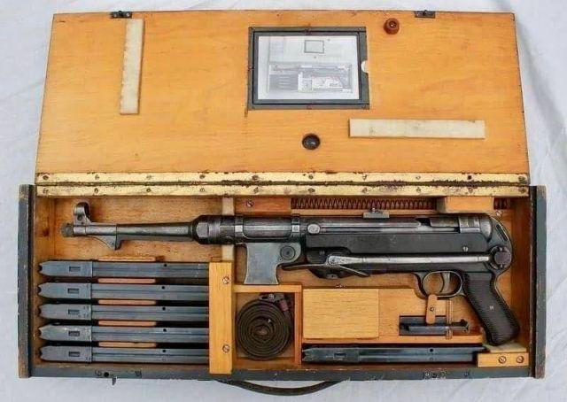 Определите производителя пулеметов по упаковке? (2 фото)