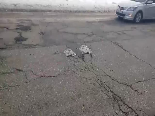 Снег прочнее бетона -  считают дорожные службы Вязьмы