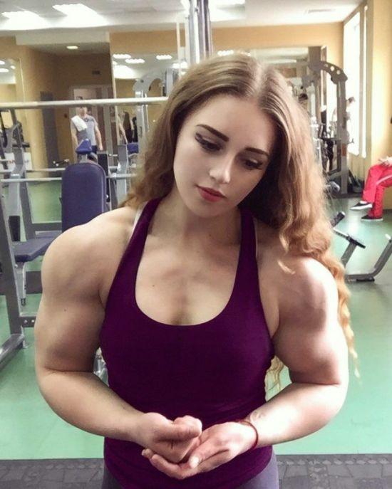 Девушки-атлетки (22 фото)