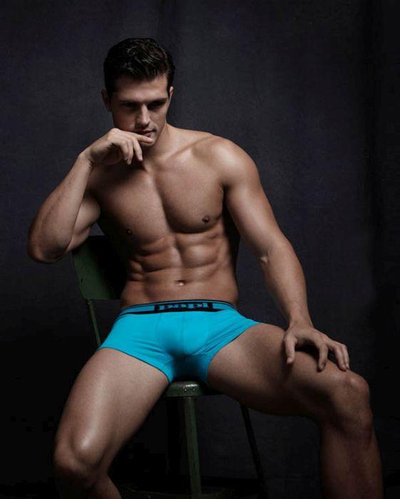 Подарок к 8-му марта: самые сексуальные мужчины мира (20 фото)