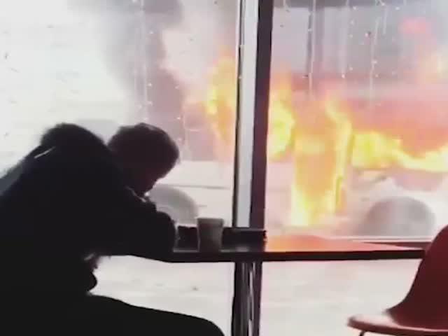 В Красноярске сгорел автобус, но, кажется, этого никто не заметил.