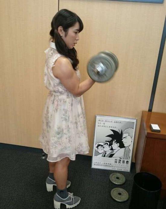 Милая девушка Чун Ли (9 фото)