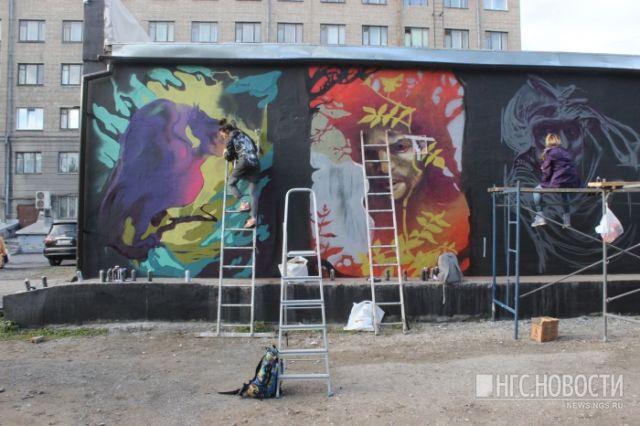 В Новосибирске из-за мести закрасили рисунки сказочных персонажей (7 фото)