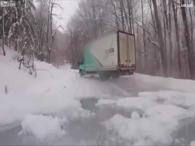 Зимние дороги в горах Боснии