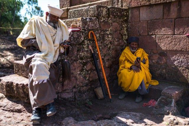 Лалибэла – город, высеченный в камне (10 фото)