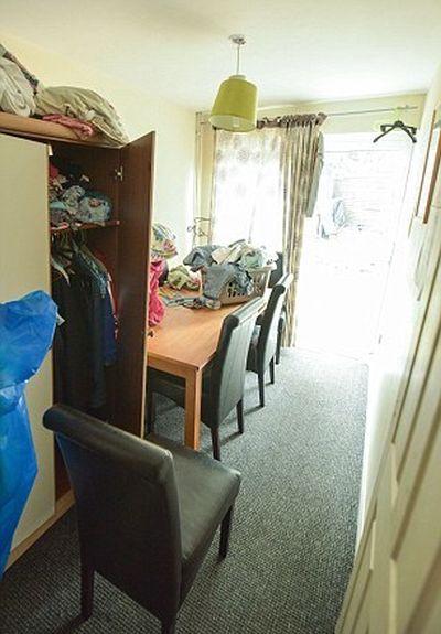 Безработная семья мигрантов отказалась от дома стоимостью в 350 000 долларов (12 фото)