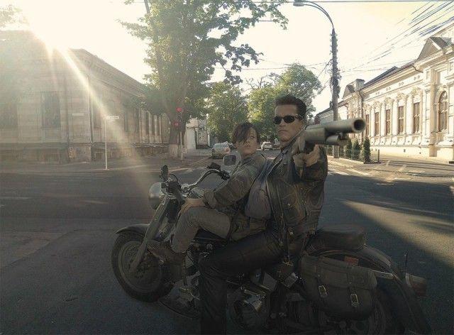 Известные герои, попавшие в российскую действительность (33 фото)