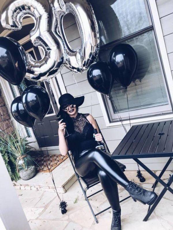 Неординарный способ отпраздновать 30-летие (3 фото)