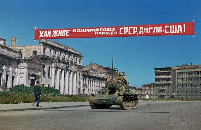 """""""Ожившие"""" фото времен Великой Отечественной войны (19 фото)"""