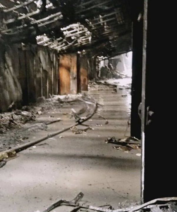 """Сгоревший ТЦ """"Зимняя вишня"""" в Кемерово, вид изнутри (11 фото)"""