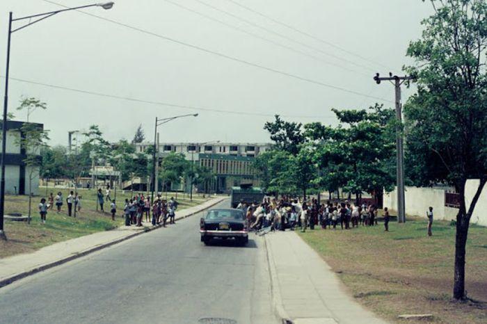 Повседневная жизнь на Кубе в 70-е годы (31 фото)
