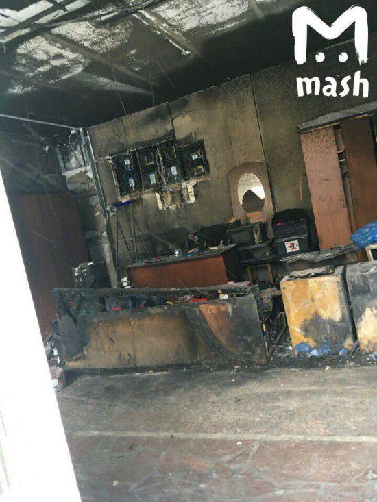 В пермской гимназии №33 произошел пожар (3 фото + видео)