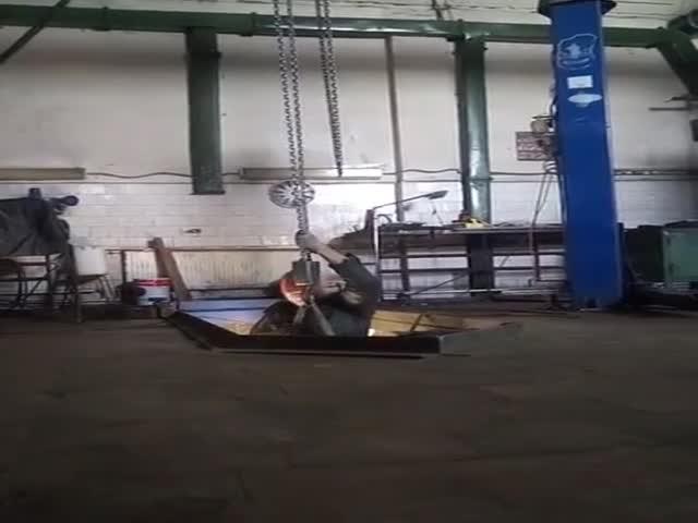 """""""Терминатор 2: Судный день"""" в автомастерской"""
