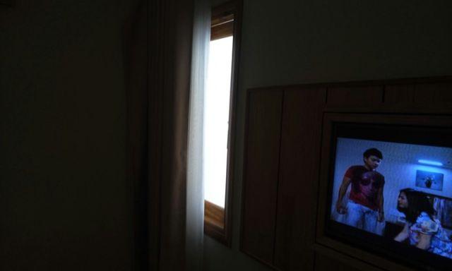 """Потрясающий"" вид из окна вьетнамского отеля (2 фото)"