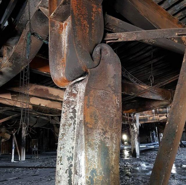 "Фото из сгоревшего торгового центра ""Зимняя вишня"" (28 фото)"