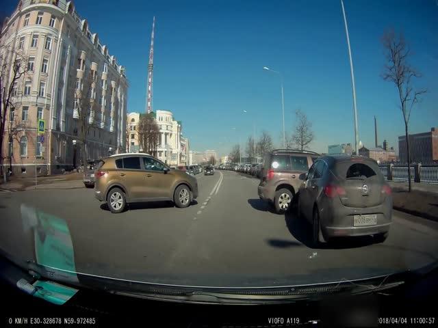 Нелепое ДТП в Санкт-Петербурге