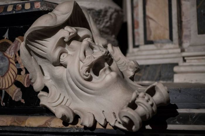 Скульптуры Музея Капеллы Сан-Северо в Неаполе (36 фото)
